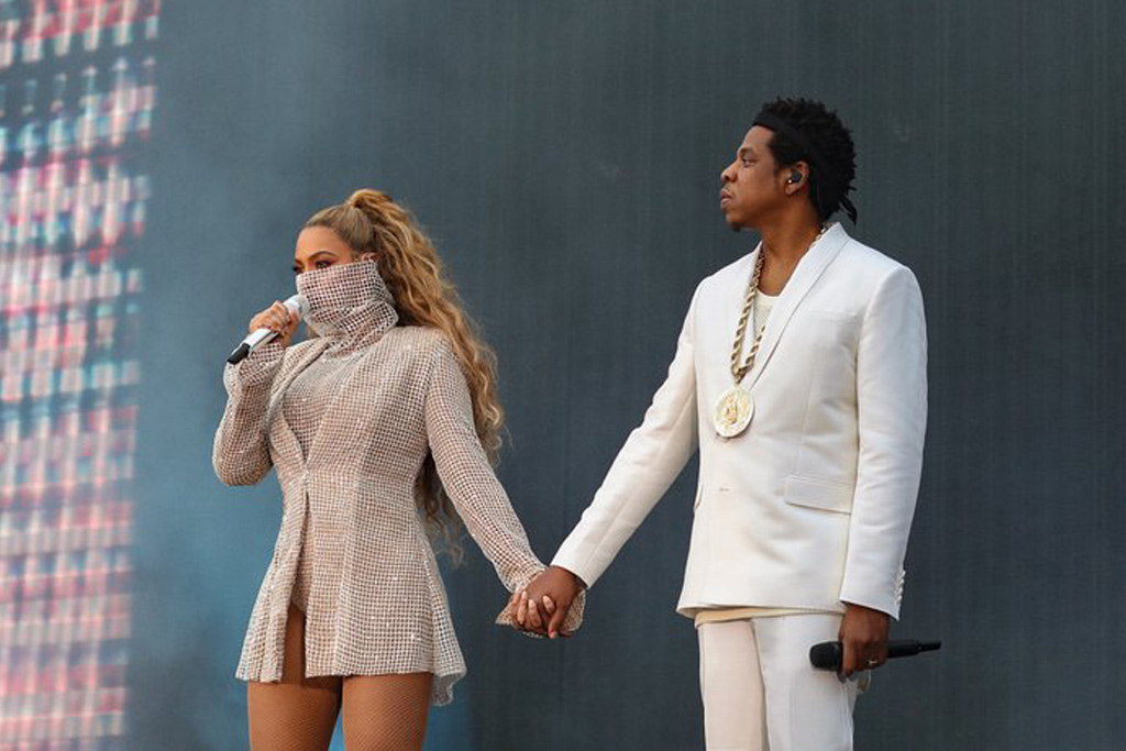 Beyoncé and Jay-Z make On The Run II tour entrance in an